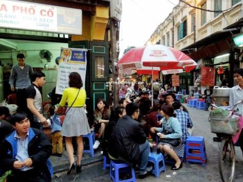 hanoi food stalls